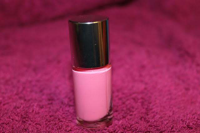 Clinique Bonus Time Blog Review nail polish