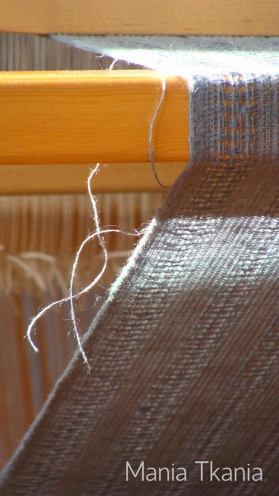 ręcznie tkany lniany szal