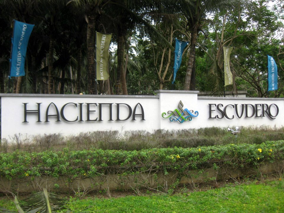 Philippines villa escudero Villa escudero quezon province