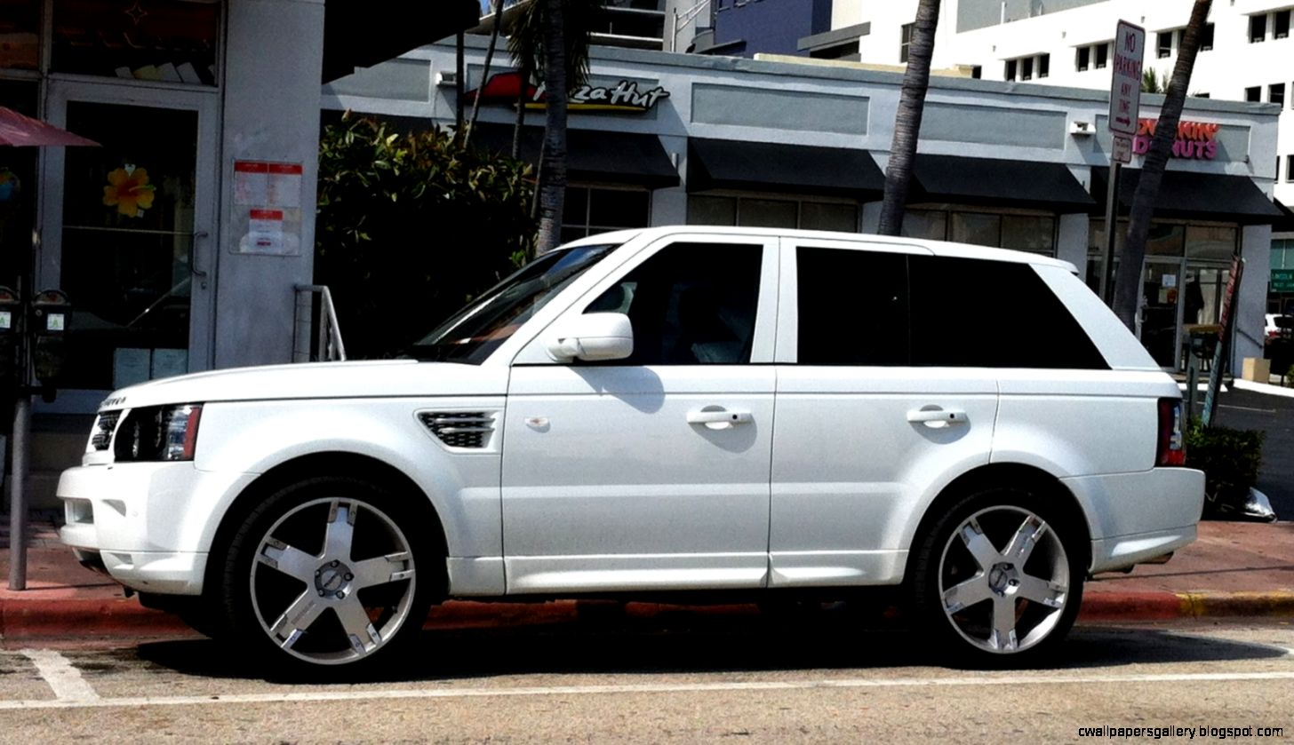 White Range Rover Sport Supercharged