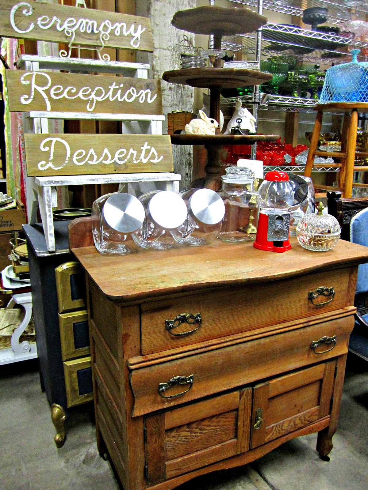 Vintage Mingle Rentals Portland, Oregon