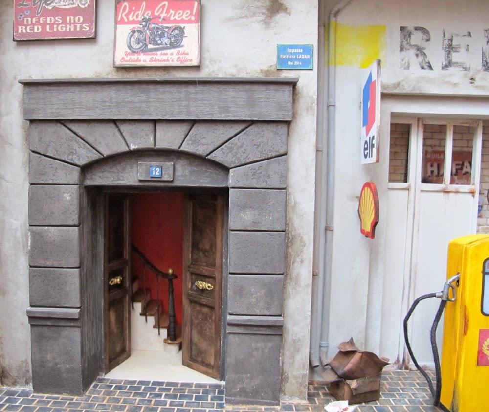 Miniatures ladan le garage renault for Garage renault la brede