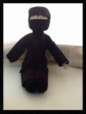 boneco ninja