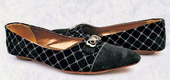Sepatu: Sepatu Flat Hitam Elegant Hazzel