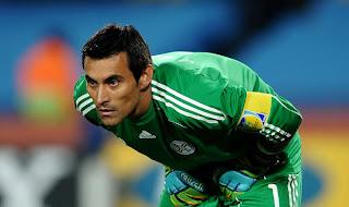 Justo Villar nuevo jugador Estudiantes
