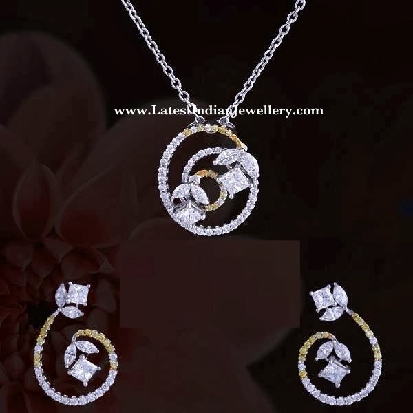 Stylish Diamond Pendant Set