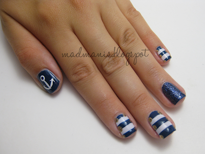Images Of Ring And Pointer Fingers Painted Accent Color