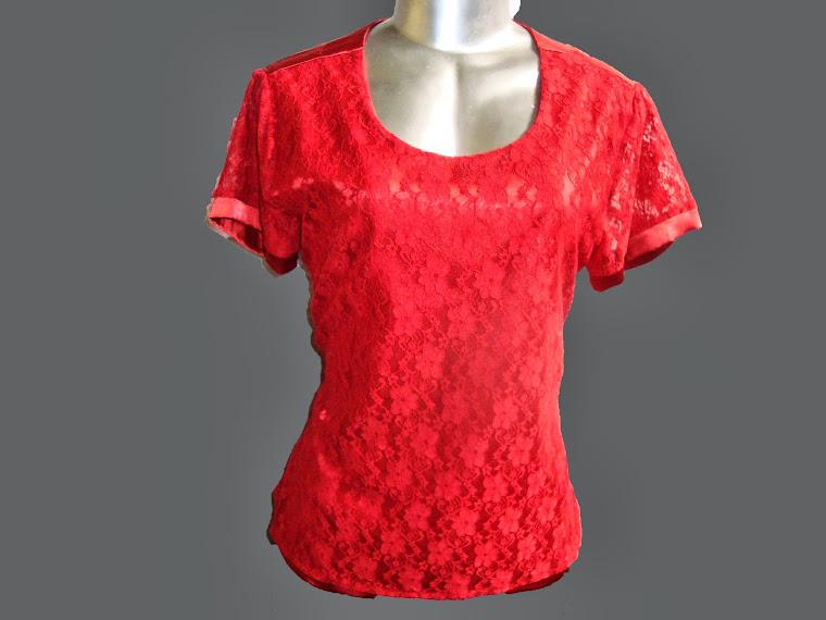 blusa de cetim com renda