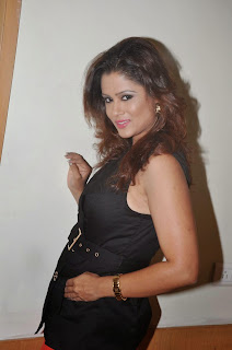 Anchor Shilpa Chakravarthy Latest Pictures in Red Short Skirt at Ramleela Movie Trailer Launch  10.JPG