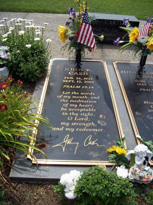 Cash Back Near Me >> Celebrity Gravesites: Johnny Cash