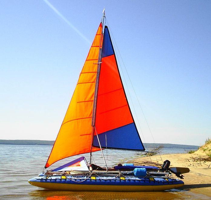 лодка надувная катамаран парусный