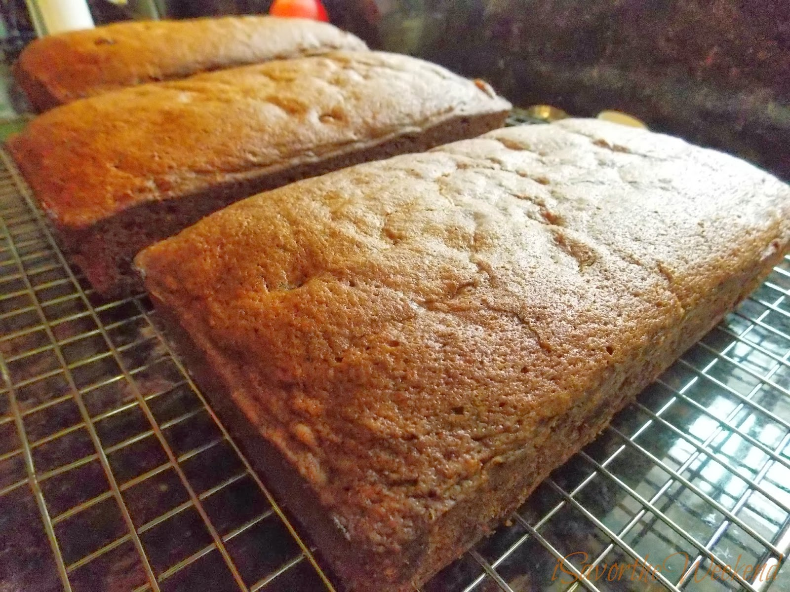 Isavor The Weekend Chocolate Chip Pumpkin Bread
