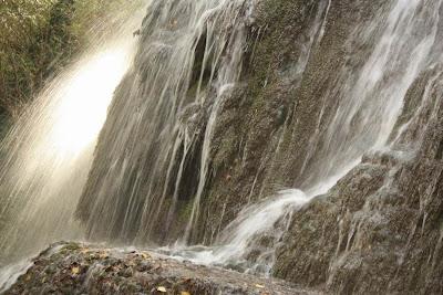 Cascada Trinidad in Monasterio de Piedra