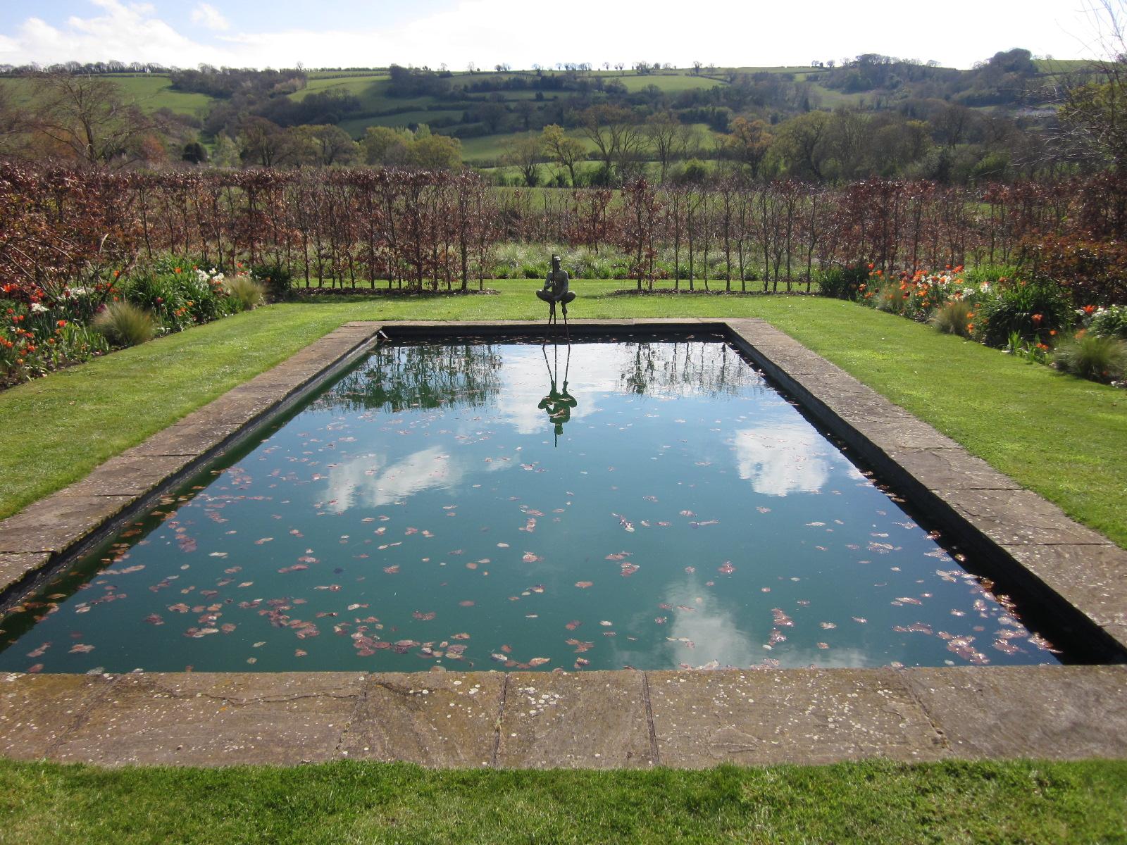 Wordless wednesday reflecting pool - Reflecting pool ...