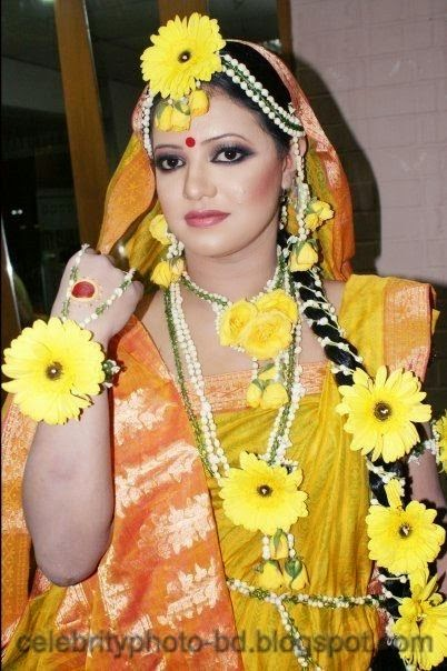 Latest+Photo+Tips+For+Looking+Hot+And+Beautiful+In+Gaye+Holud+Festival007