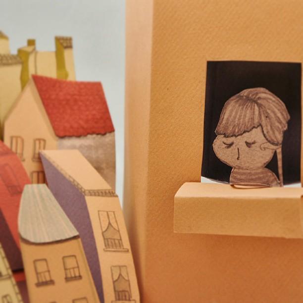 Ilustración hecha con cartulinas