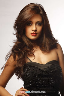 Riya Sen Latest Hot stills