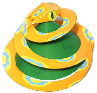 Snake Christmas Tree Paper Toy