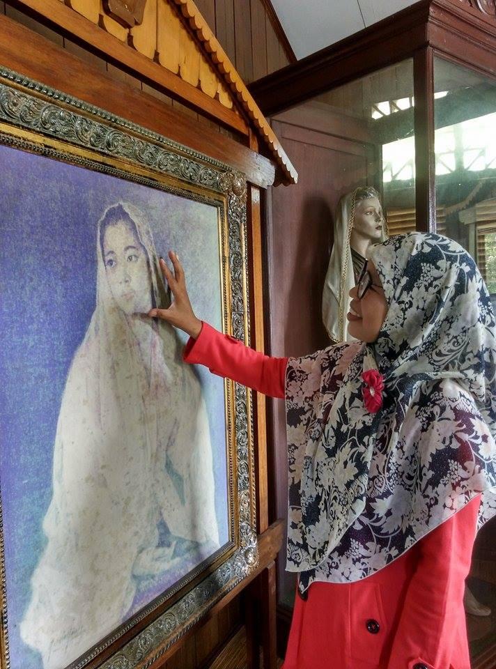 Fatmawati Perajut Negeri