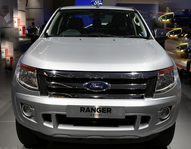 http://3.bp.blogspot.com/-GfZjqs-r3UQ/T5Q34Uez6PI/AAAAAAAAkqA/Dl18rY5JXe0/s640/Ford-Ranger-2012-frente.jpg