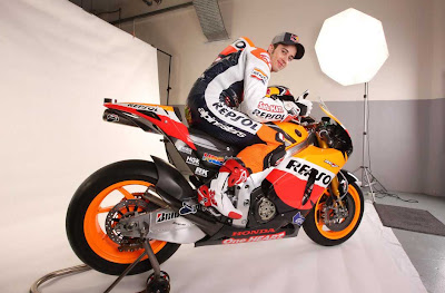2011 Repsol Honda RC212V MotoGP Photos