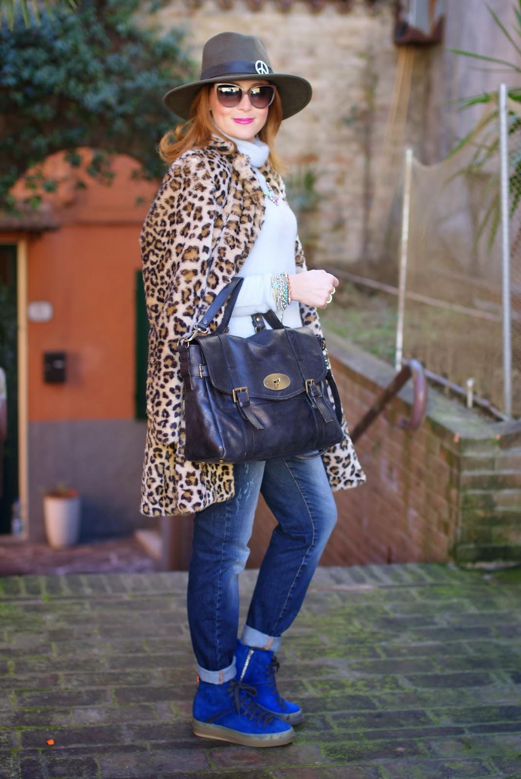 leopard faux fur coat, Ecua-Andino australian hat, Ruco Line blue sneakers, satchel bag, Fashion and Cookies, fashion blogger