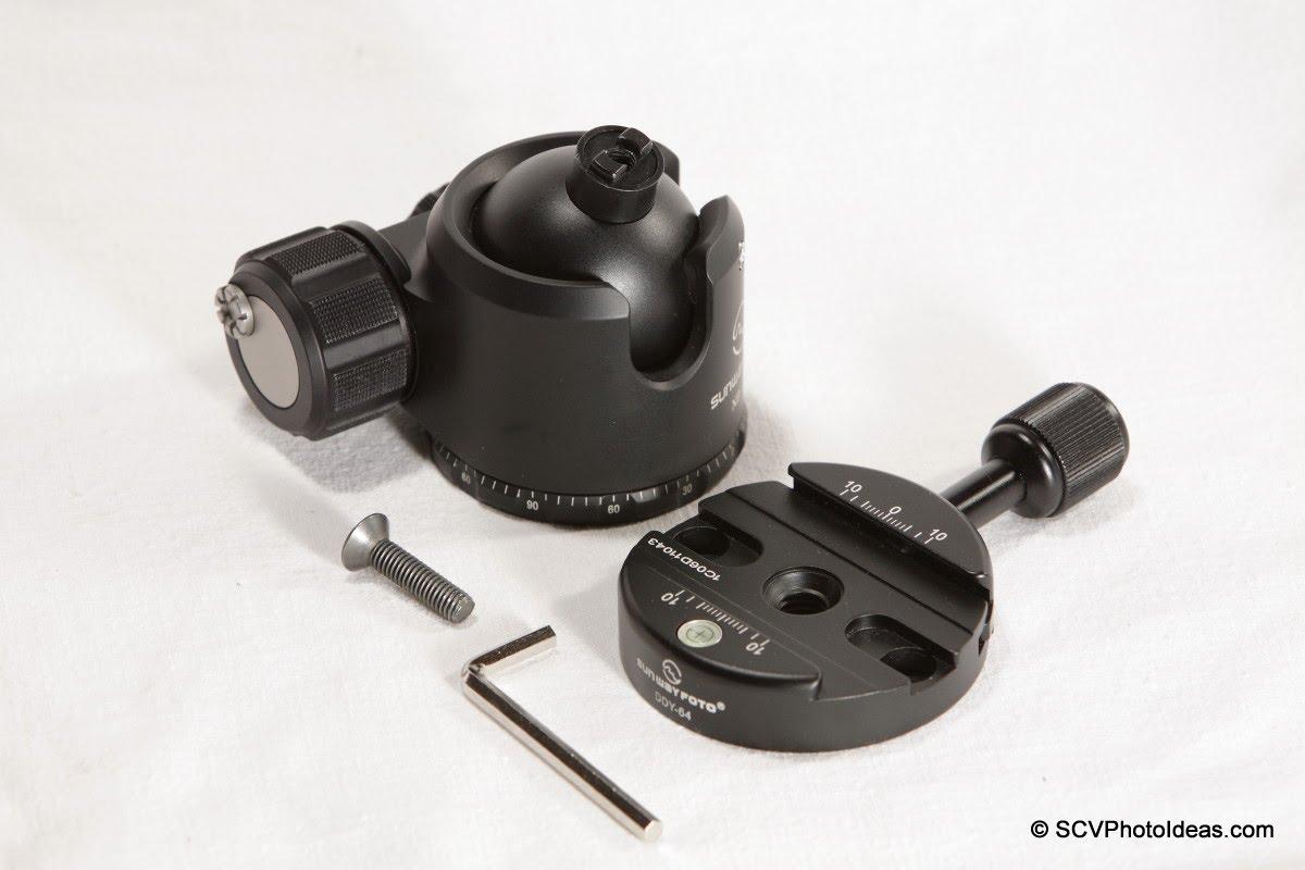 Sunwayfoto DDY-64 Discal QR Clamp w/ XB-44 LP Ball head +screw + hex key