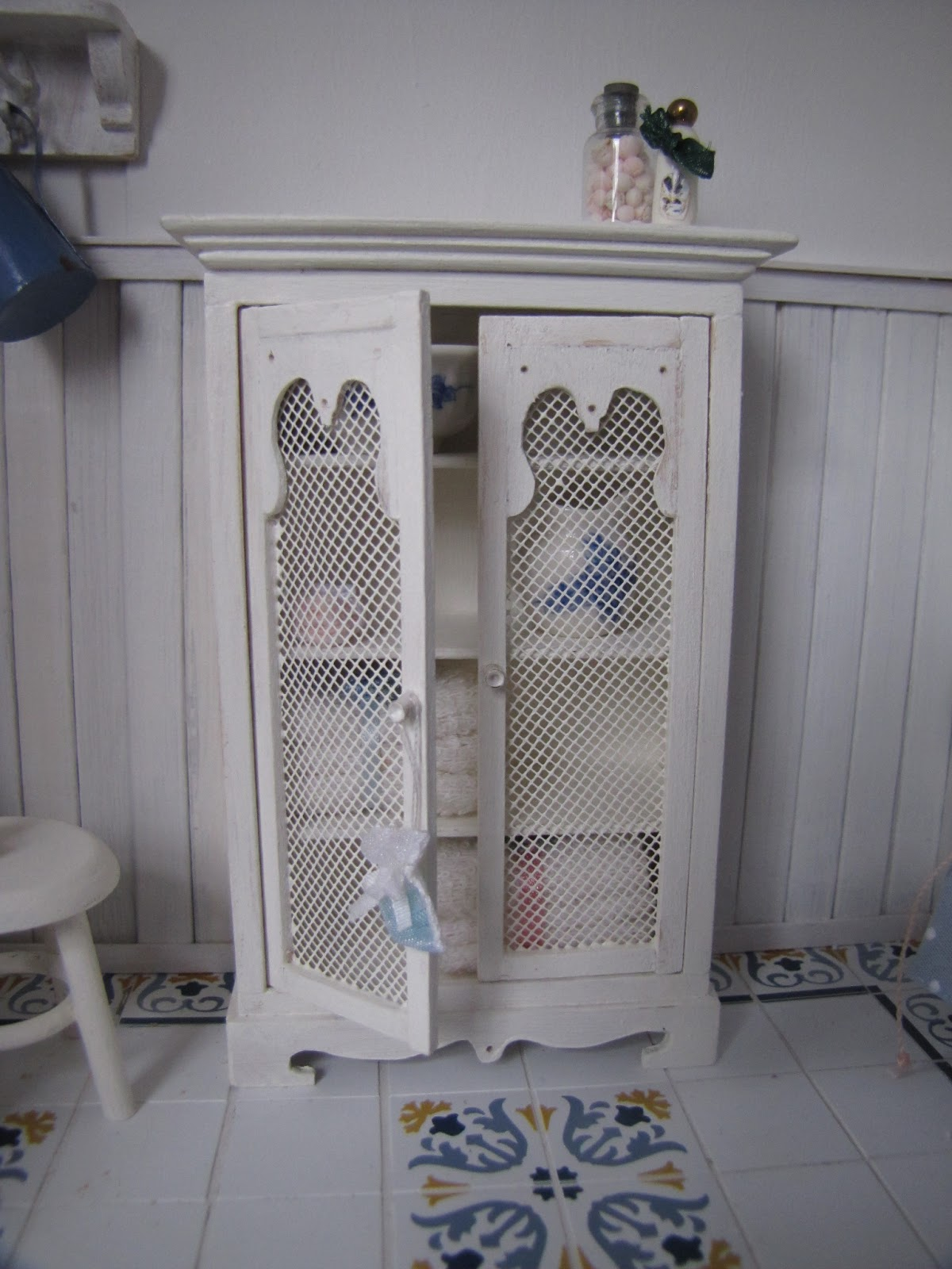 Paulas minis badkamer en zo for Abonnement ariadne at home