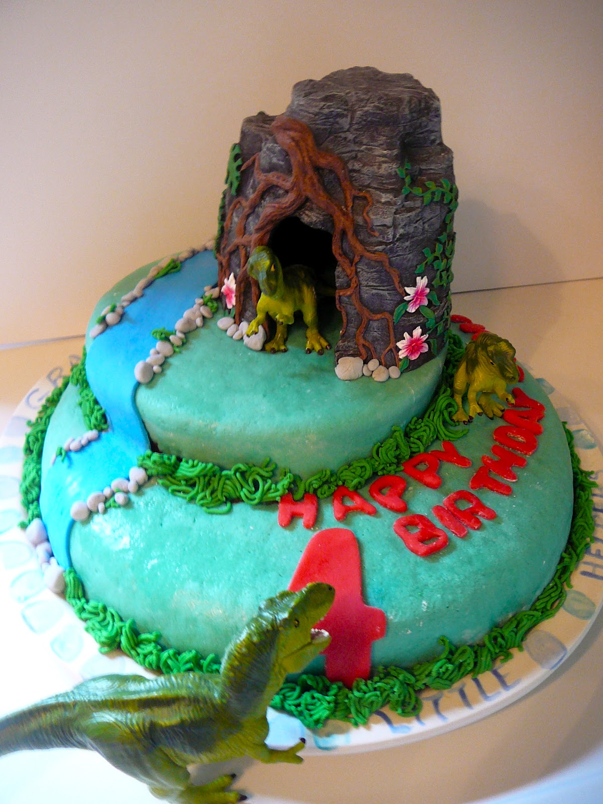 The Hidden Pantry Marshmallow Fondant Episode 3 Two Birthday Cakes