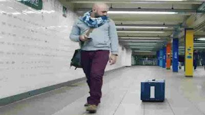 تأمل مجموعة من الطلبة اللبنانيين بالقضاء على ظاهرة ضياع حقائب السفر بين مطارات العالم بابتكار حقائب سفر ذكية تتبع خطوات صاحبها.