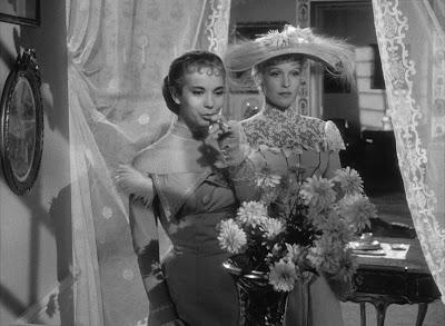 Smiles of a Summer Night / Sommarnattens leende (1955)