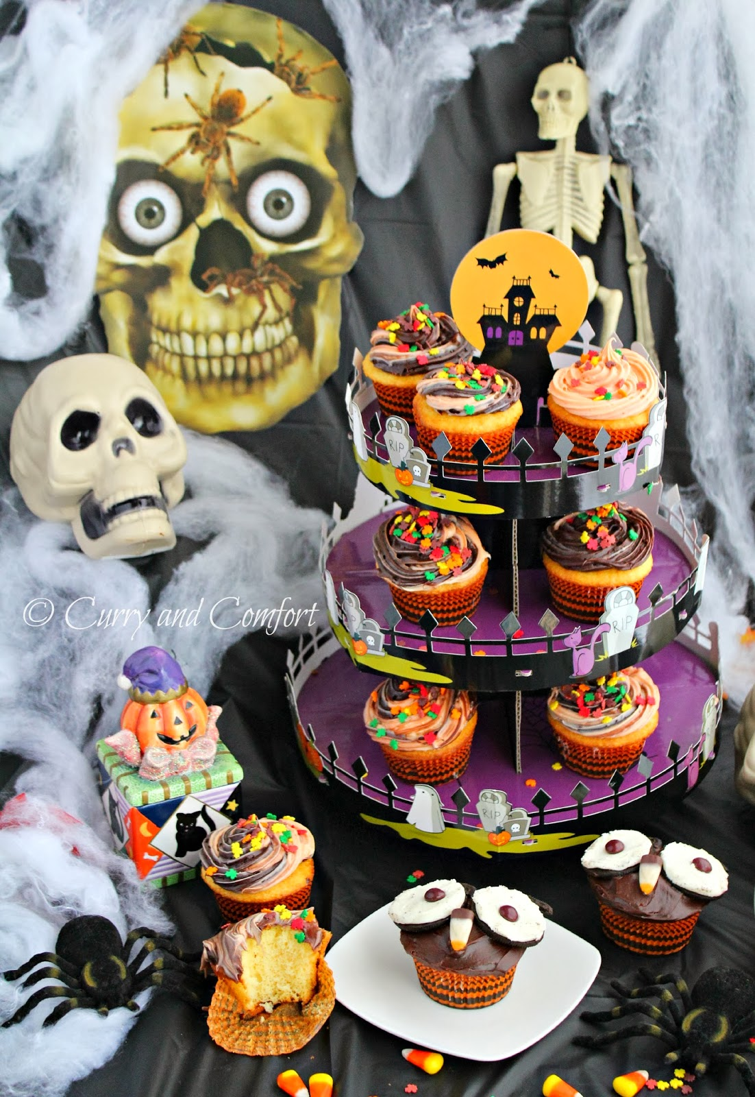 since the party is over i easily dismantled the cupcake stand and put away for next years monster party - Halloween Cupcake Holder
