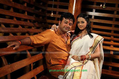 malyalam film Kudumbasree Travels acted with jairam bhavana hot and sexy image gallery