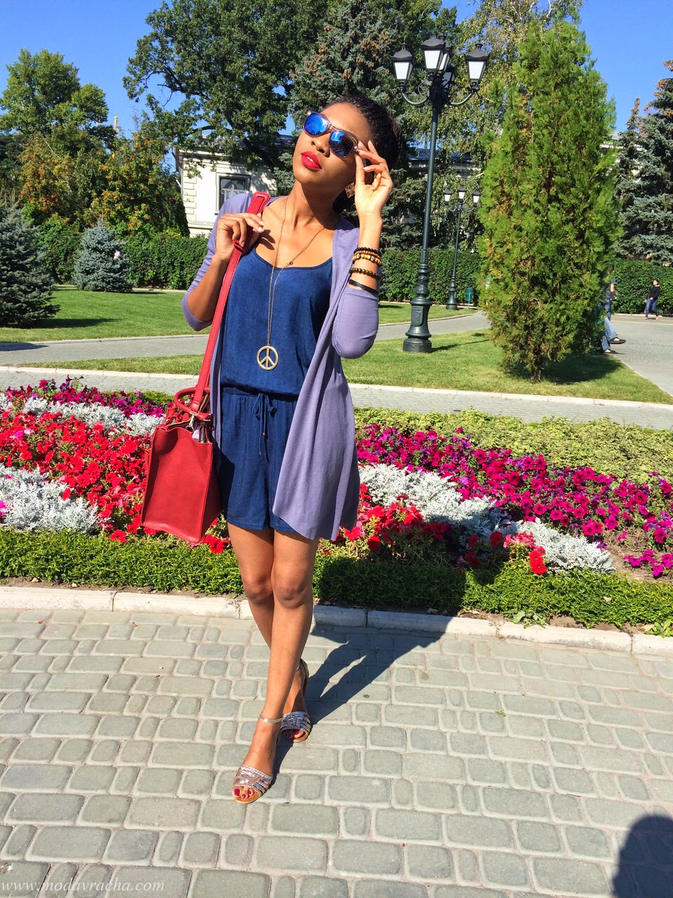 personal style blogger wearing new look playsuit with zara office citybag with zips