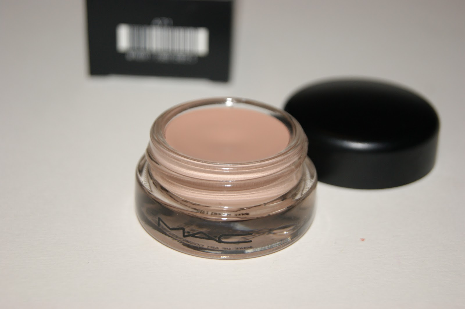 mac painterly paint pot review the sunday girl