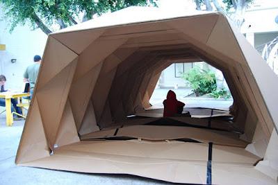 Cardborigami -a abrigo de papelão