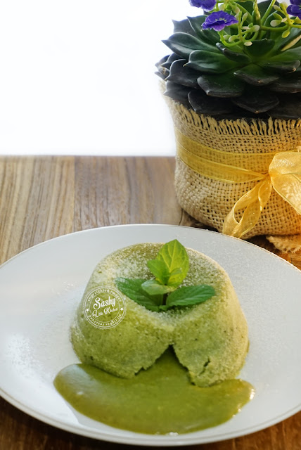 Green Tea (Matcha) Molten Lava Cake