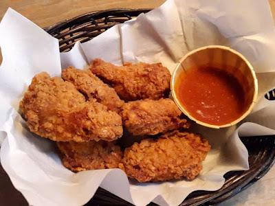 Crispy Chicken Drumlets at Paulaner Brauhaus Singapore