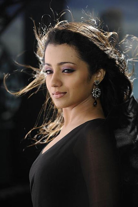 trisha in guard movie black saree , glamour  images