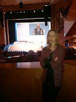 Carmen González da Confederación Intersindical Galega (CIG) nun momento da Xunta Xeral de Accionistas do BBVA 2014