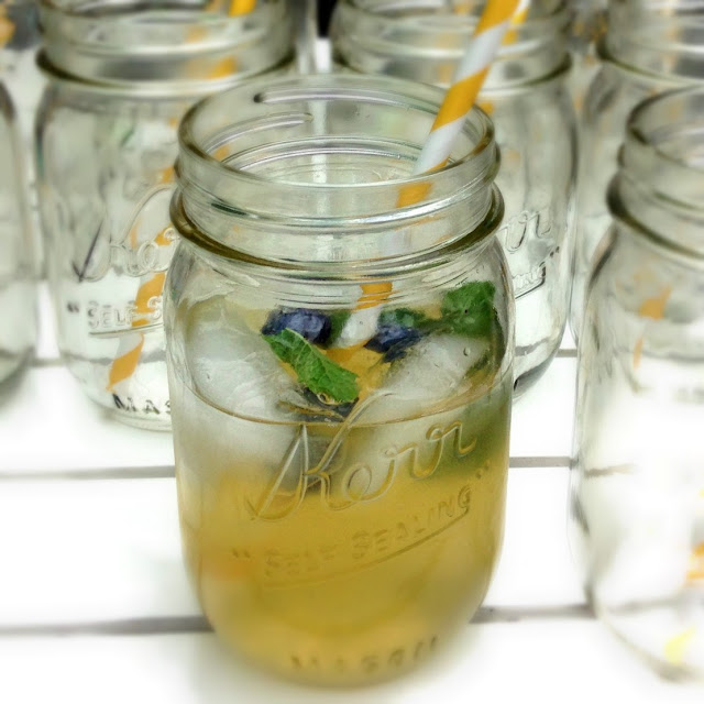 Blueberry Mint Moscow Mule recipe