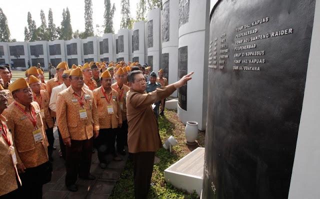 Presiden Kukuhkan 44 Pengurus Legiun Veteran RI
