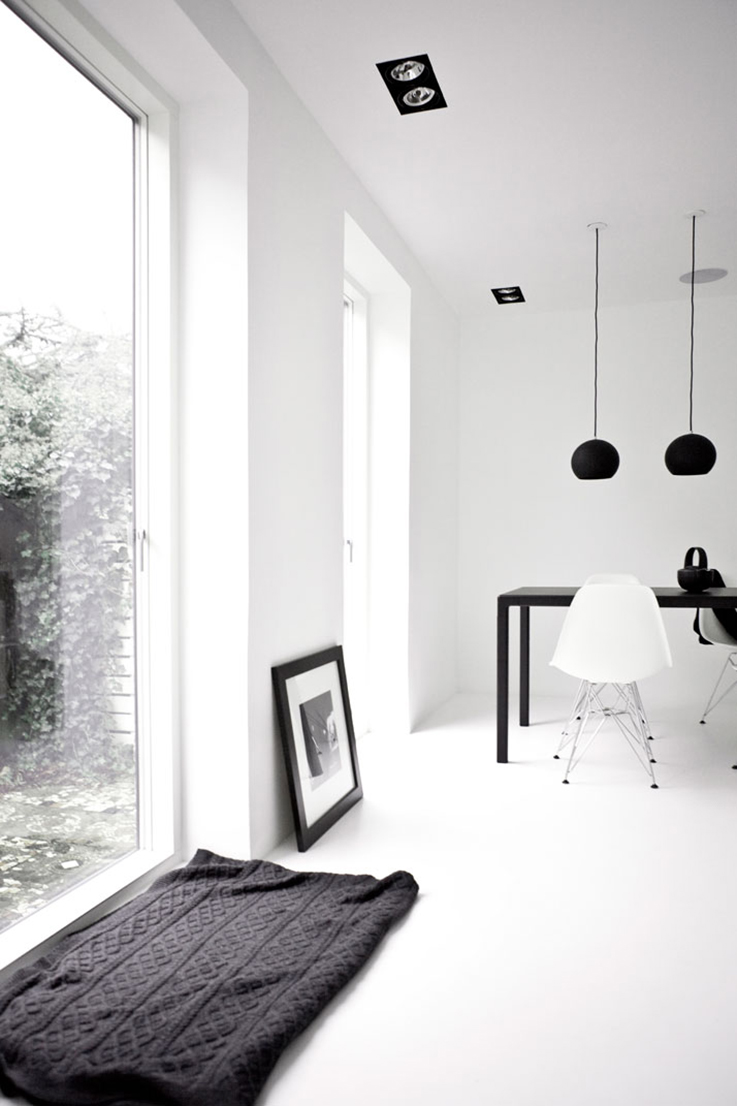 minimal dinning room, black and white