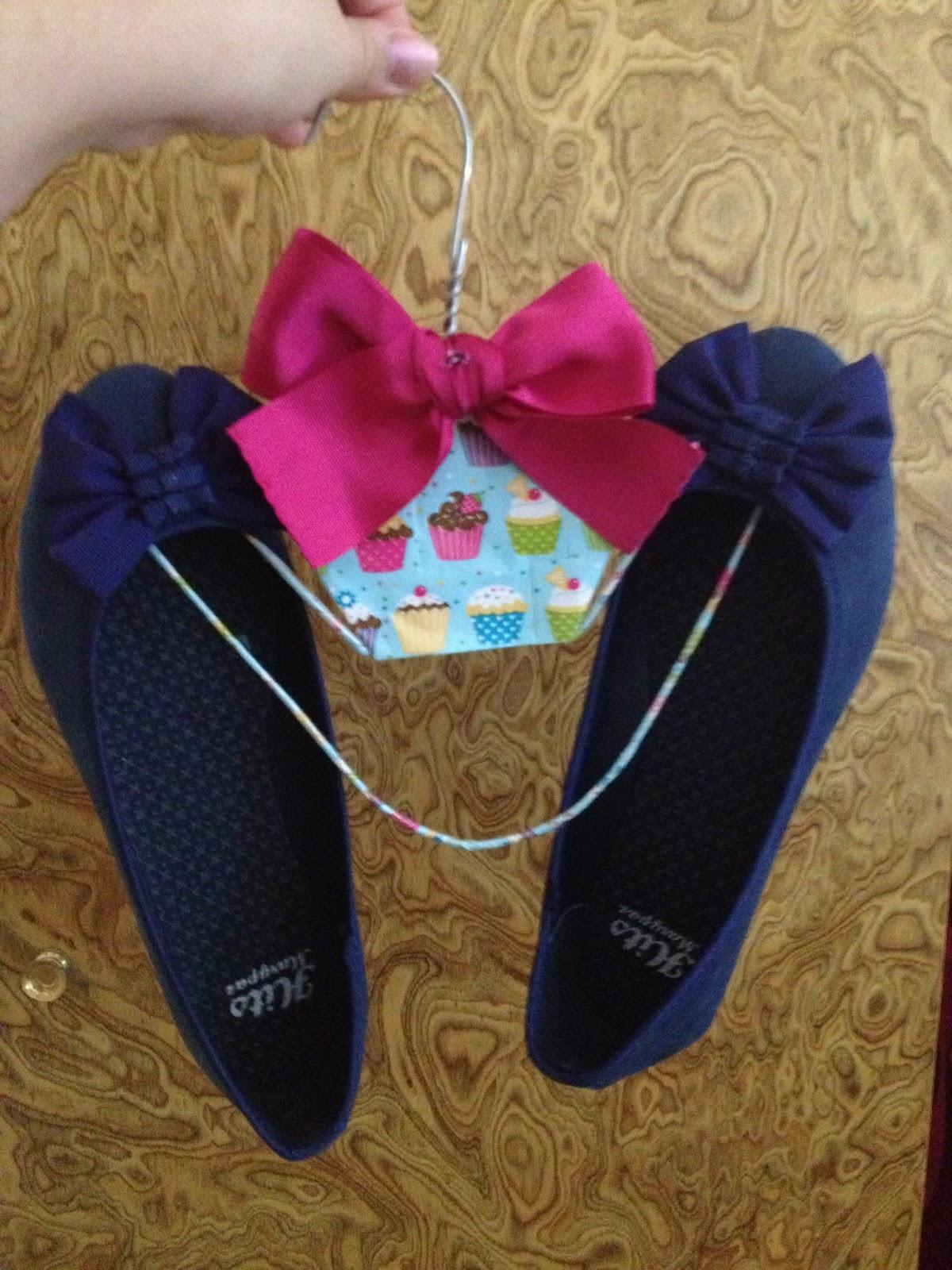 Un rinc n para guardar zapatos percha para zapatos - Percha para zapatos ...
