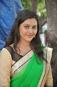 Priyanka Naidu glamorous stills-thumbnail-9