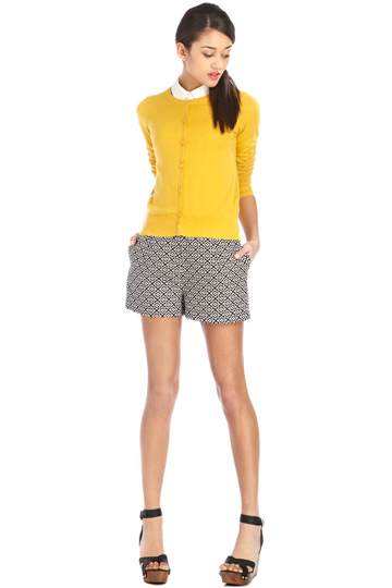 yellow cardigan,