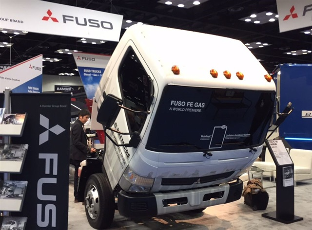 Nice Mitsubishi Fuso Truck Of America Premiered A New Prototype V 8  Gasoline Powertrain For The