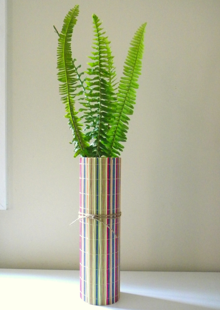 Homework a creative upcycling bamboo placemat vase