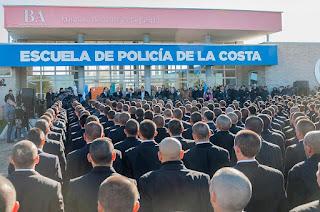 La capacitación fue brindada a los 194 cadetes que estudian en la Escuela de Policía de la Costa.