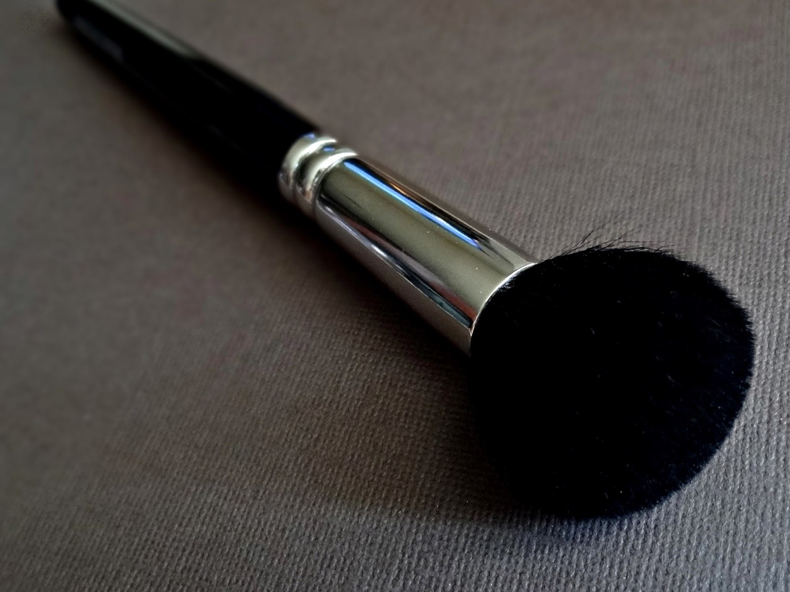Hakuhdo 210 Blush Brush Round Review